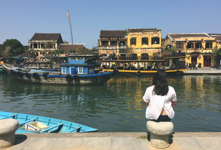 Here's our quick guide to Hoi An, a not so hidden gem in central Vietnam! we spent five days exploring and eating our way through the beautiful city!