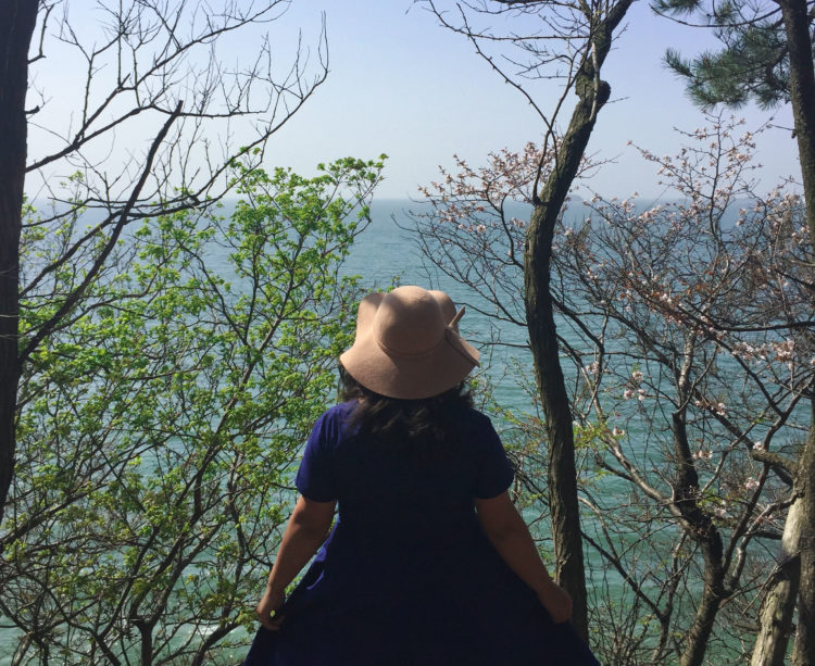 I am the textbook definition of an extroverted introvert, but it took traveling and planning for trips to make me realize it. Are you one as well?