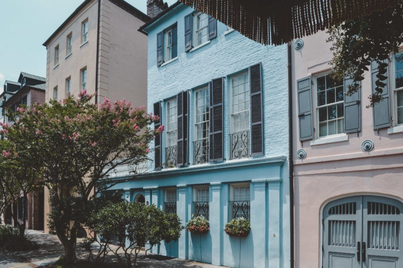 Rainbow Row, Charleston, SC, USA | Willemstad, Curacao | most colorful places in the world