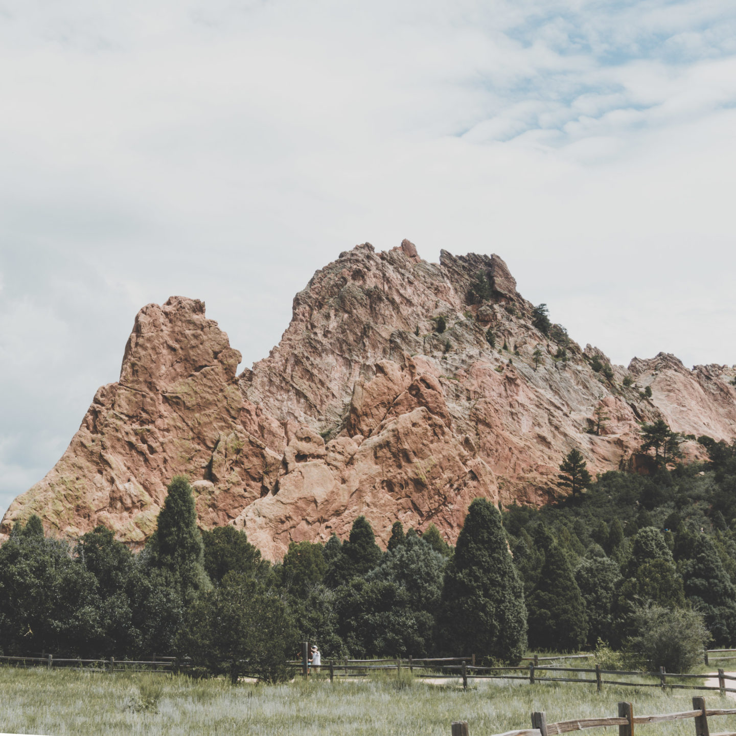 14 Photos That Prove The Garden Of The Gods Deserves Its Name There She Goes Again