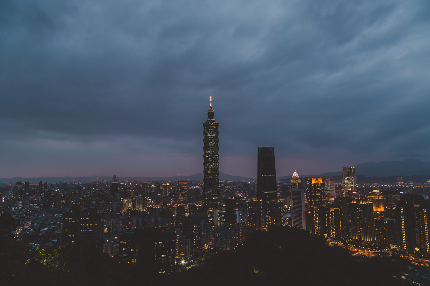 Taipei 101 at night from Elephant Mountain - Taiwan Trip Planner