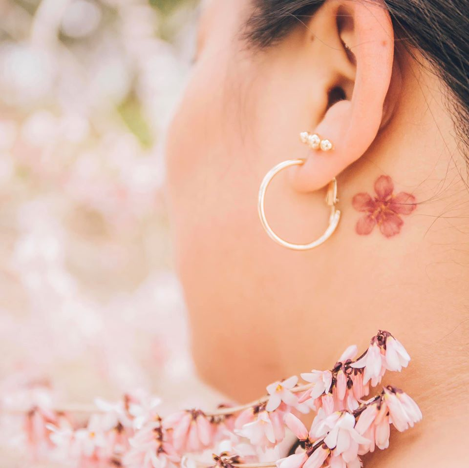 Watercolor tattoo - things to do in Korea