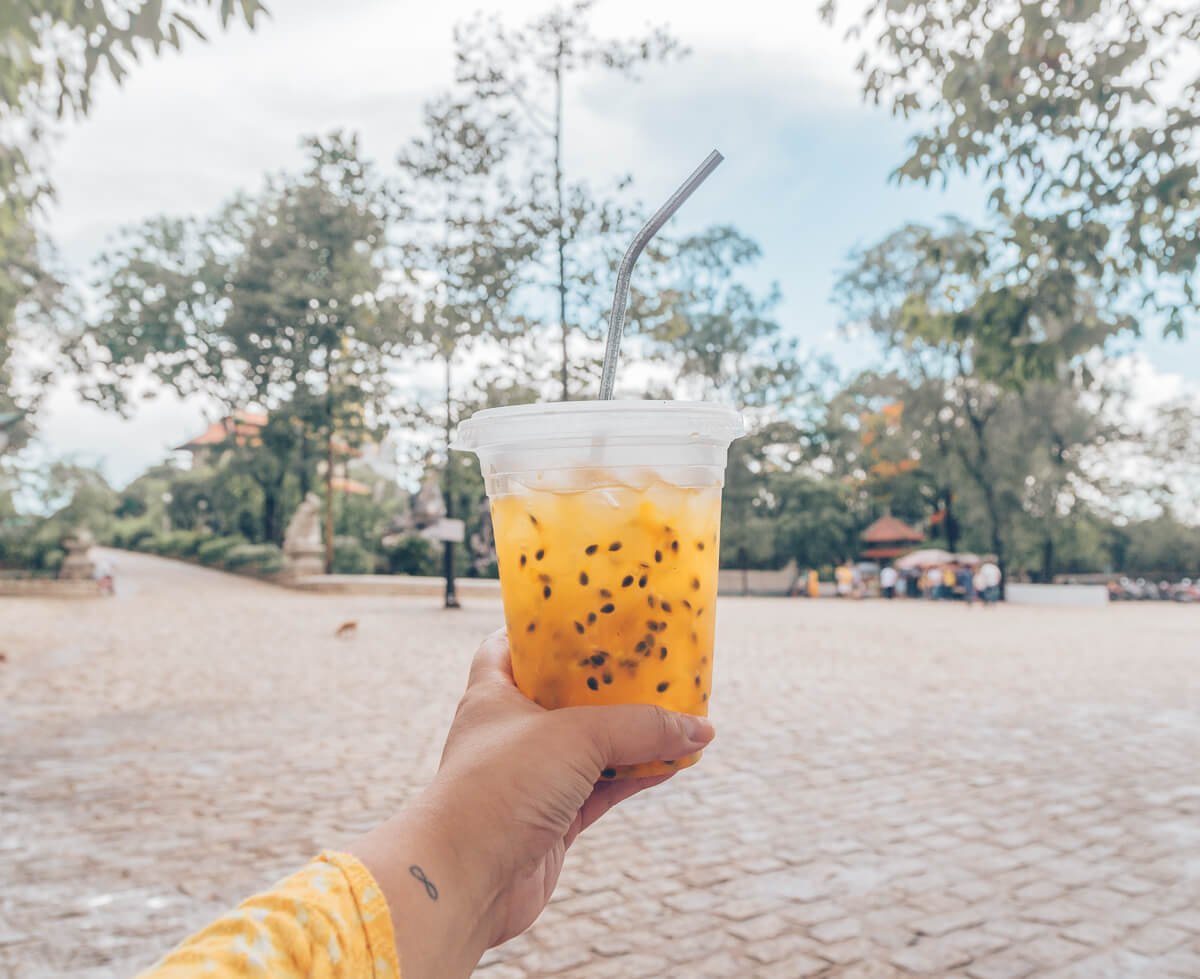 Passion Fruit Drink, Nuoc Chanh Leo, Vietnamese Drink