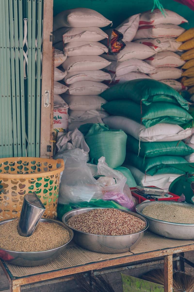 Hoa Ninh Market (Cho Hoa Ninh), Vinh Long, Vietnam