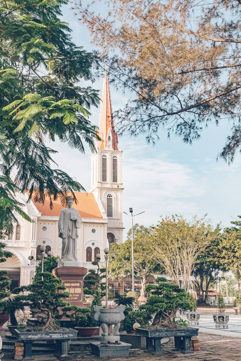 Trung Tam Hanh Huong Dinh Kao, Vinh Long, Vietnam