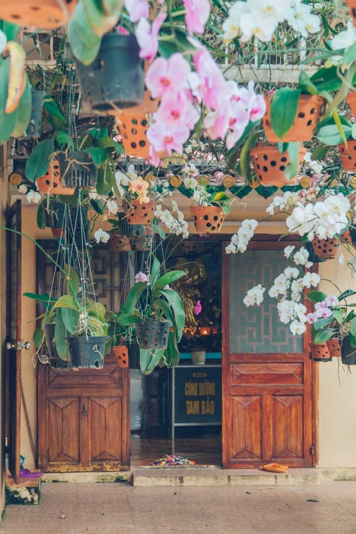 Quan Am Temple, Ba Den, Vietnam
