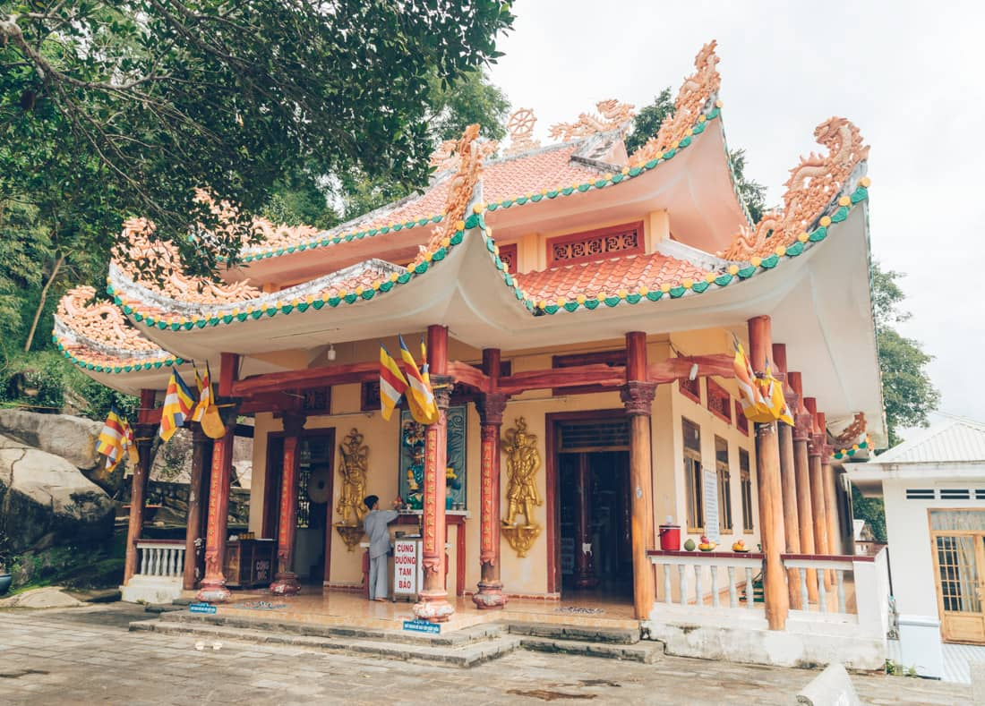 Hoa Dong Pagoda, Ba Den, Vietnam