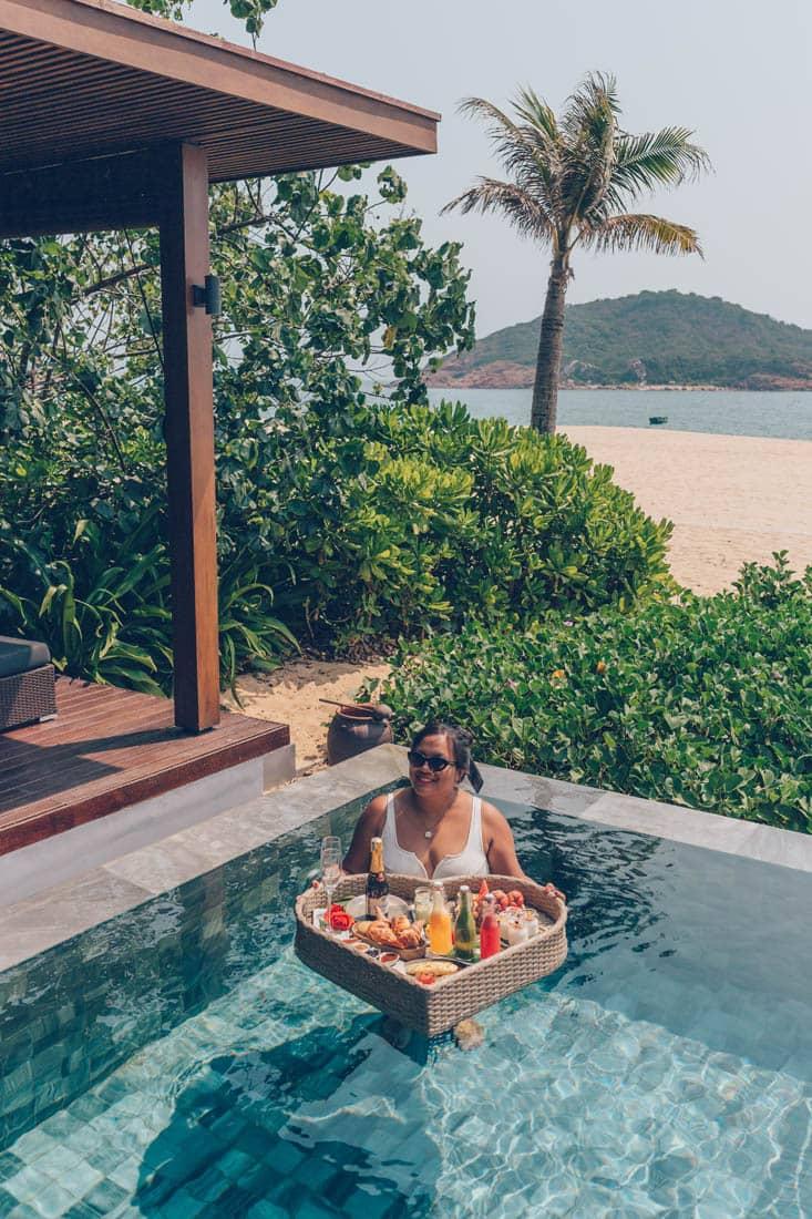 Floating Breakfast, Anantara Quy Nhon Villas, Vietnam